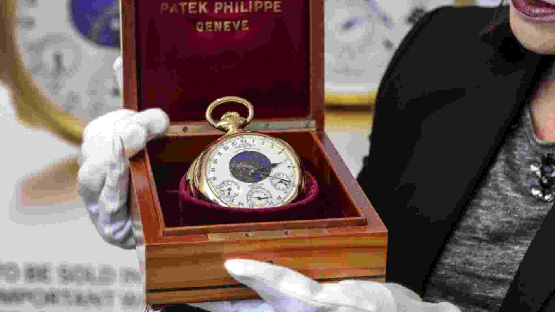 12.nov.2014 - Um relógio de bolso foi leiloado na Suíça por US$ 21 milhões, o equivalente a R$ 53,5 milhões, sendo considerado o mais caro do mundo - BBC