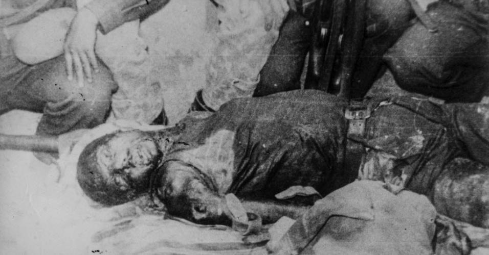 """13.nov.2014 - Na imagem, a revolucionária comunista Haydee Tamara Bunke Bider, conhecida como Tania, que lutou ao lado de """"Che"""" Guevara na Bolívia. Há uma foto do cadáver de Tania entre as imagens guardadas pelo missionário espanhol Luis Cuartero e reveladas agora"""