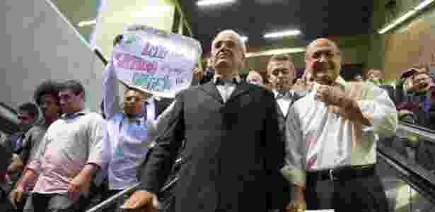 Metroviários protestaram durante a inauguração da estação Fradique Coutinho do Metrô, em novembro - Leonardo Banassatto/Estadão Conteúdo