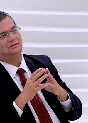 O governador do Maranhão, Flávio Dino (PC do B), em entrevista no programa Roda Viva, da TV Cultura