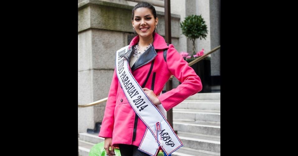 658d19c6b6 20.nov.2014 - Representante do Paraguai chega em Londres, na Inglaterra,