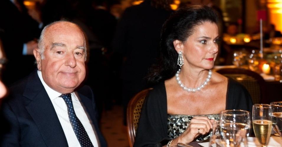 Joseph Safra, dono do Grupo Safra, e sua mulher,Vicky Safra, em jantar em São Paulo. Após a morte de seus dois irmãos, Edmond e Moses, ele é o único no comando da empresa. Safra está investindo em outros setores da economia, além do bancário, como imobiliário e alimentício