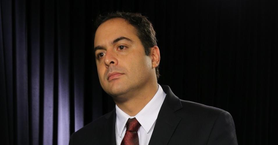 Paulo Câmara, governador eleito de Pernambuco, concedeu entrevista ao UOL em 27.nov.2014. A gravação ocorreu no estúdio do UOL, em Brasília.