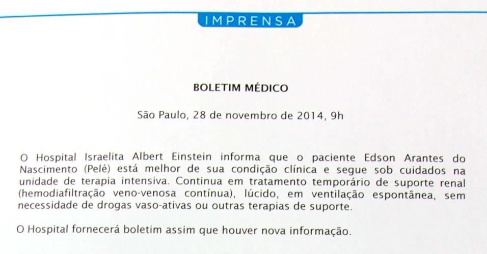 28.nov.2014 - O Hospital Albert Einstein, em São Paulo, onde segue internado na Unidade de Terapia Intensiva (UTI) o ex-jogador Edson Arantes do Nascimento, o Pelé, divulgou nesta sexta-feira (28) o boletim médico do ex-atleta. Ele foi submetido a uma hemodiálise, pois seus rins não estão funcionando corretamente