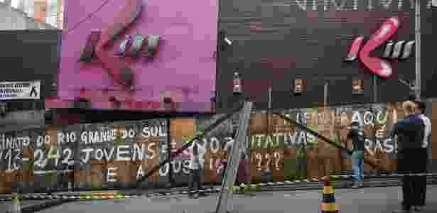 O incêndio na Boate Kiss, ocorrido na madrugada do dia 27 de janeiro de 2013, deixou 242 mortos e 680 feridos - Ronald Mendes/ Agência RBS/ Estadão Conteúdo