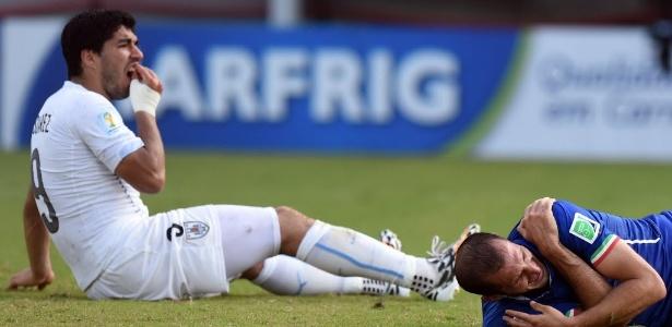 Suarez foi suspenso por morder Chiellini