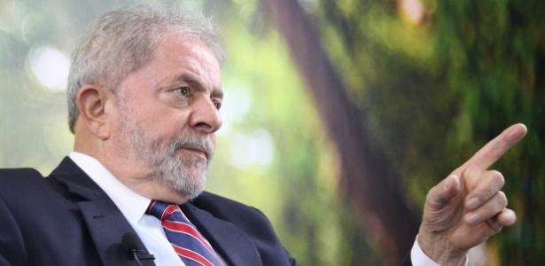 """Nas redes sociais, políticos chamaram Lula de """"gigantesco reforço"""" e """"afogado"""""""