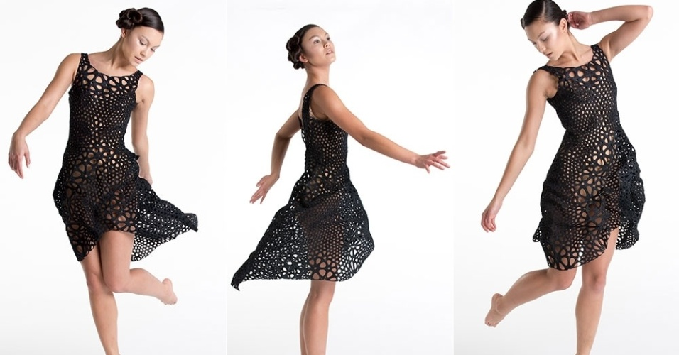 O estúdio de design Nervous System desenvolveu, em parceria com a Shapeways (companhia especializada em impressão 3D), um vestido feito em uma impressora 3D. O diferencial da peça é que o tecido tem um movimento parecido com o de um tecido convencional. Segundo a empresa, demorou dois dias para o vestido ficar pronto
