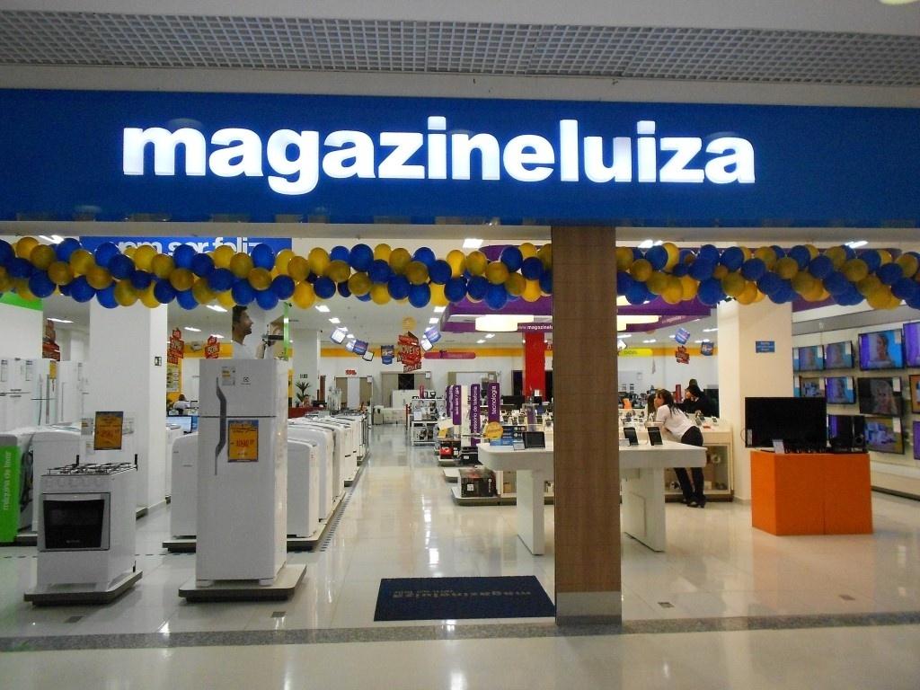 298625bd4 Magazine Luiza prevê investimentos de R 150 mi e até 50 novas lojas em 2015  - 10 12 2014 - UOL Economia