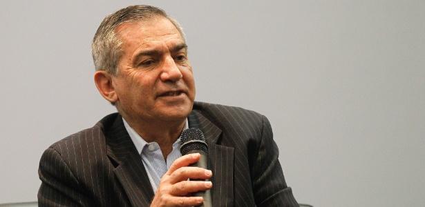 Carvalho (foto) disse que o juiz Sérgio Moro agiu ilegalmente e terá de responder pelo que o governo e o PT consideram uma afronta a prerrogativas legais da Presidência