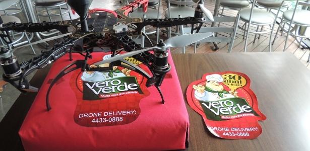 Drone testado pela pizzaria Vero Verde, do ABC Paulista, para entrega de pizza
