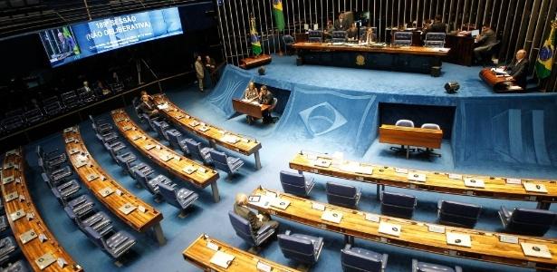 José Sarney (PMDB-AP) faz seu discurso de despedida do Senado no ano passado - Alan Marques - 18.dez.2014/ Folhapress