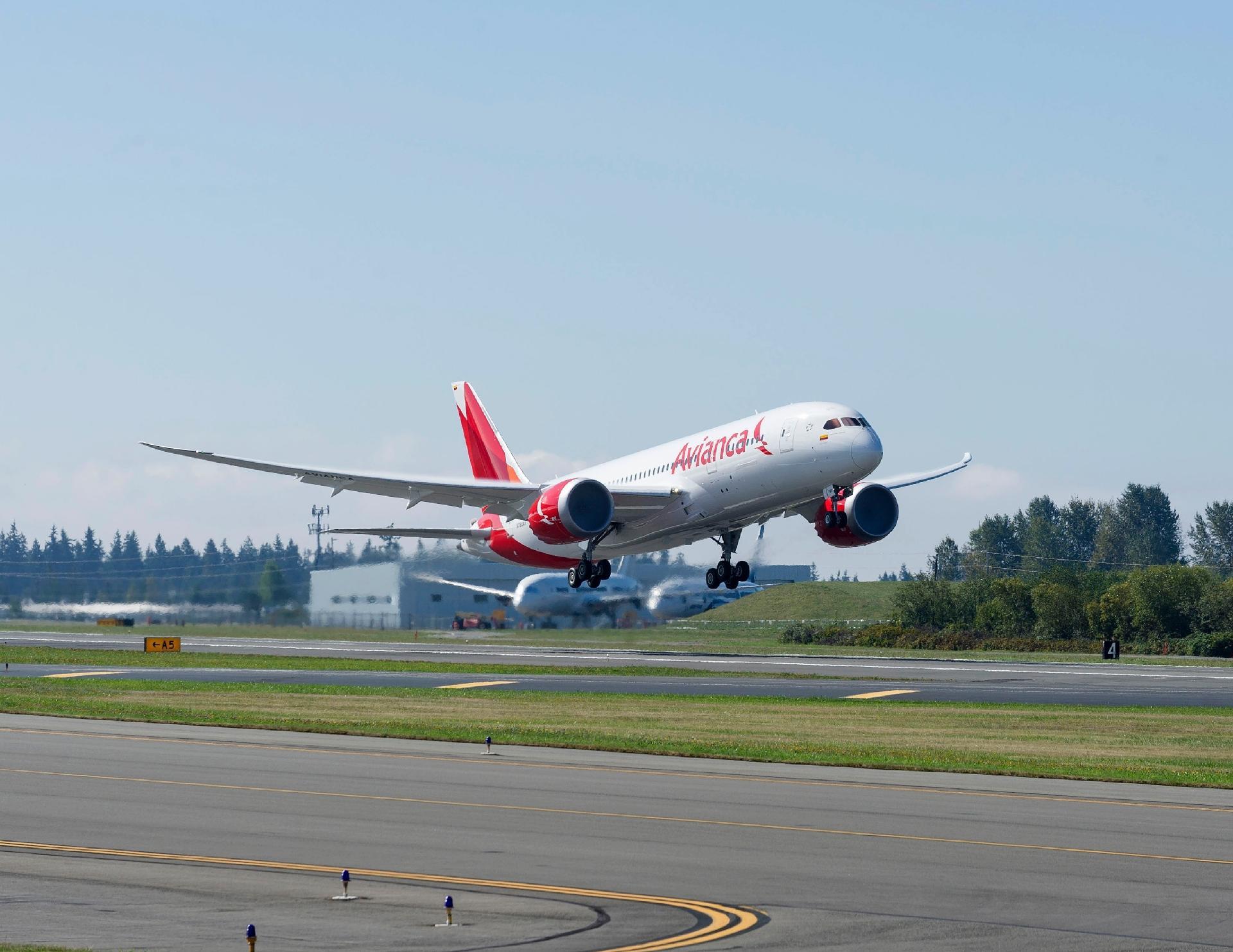 17e6f9c84f687 Voos da Avianca Brasil operando normalmente após ordem judicial - 19 03 2019  - UOL Economia