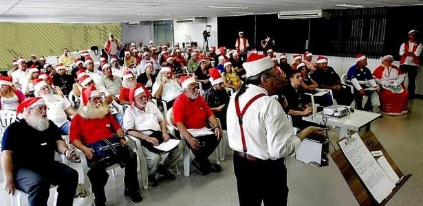 Sílvio Ribeiro dá aulas de como ser Papai Noel - Arquivo pessoal