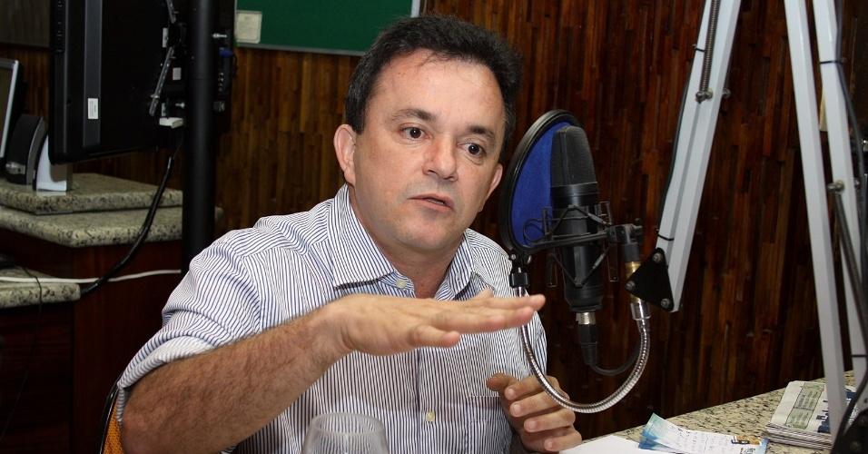 """19.dez.2014 - VANDER LUIZ DOS SANTOS LOUBET - Paulo Roberto Costa, ex-diretor de Abastecimento da Petrobras, citou o nome do deputado federal (PT-MS). Em resposta, Loubet disse estar surpreso. """"Nunca tive nenhum tipo de relação com ele"""""""