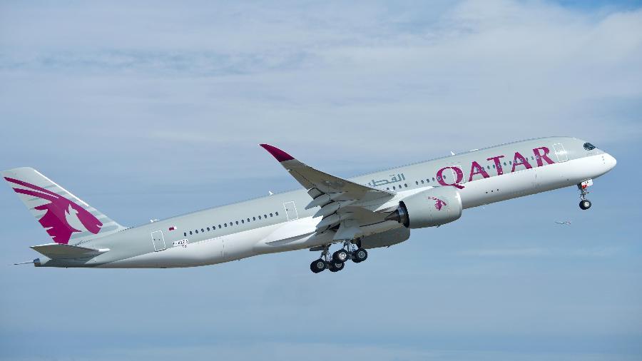 A entrega do primeiro A350 XWB para a Qatar Airlines estava programada para o dia 13 de dezembro de 2014; no entanto, a Airbus atrasou a entrega. A Qatar é, até agora, a maior compradora deste modelo de avião - Airbus/Divulgação