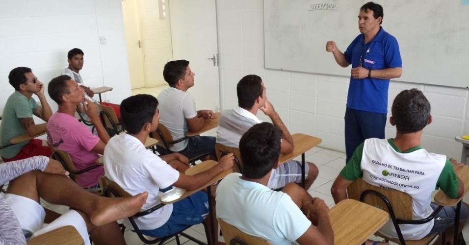Curso do Pronatec de técnico em cerâmica é ministrado dentro do Campus da UEPB (Universidade Estadual da Paraíba) instalado na Penitenciária Regional de Campina Grande Raimundo Asfora, conhecida como Serrotão