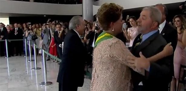 Lula cumprimenta Dilma e Temer - Reprodução