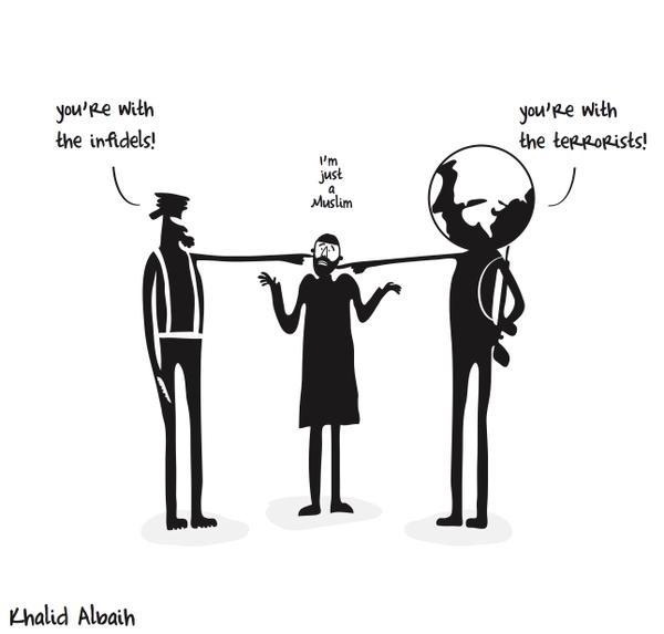 """7.jan.2015 - A TV Aljazeera postou no seu perfil no Twitter charfe feita por Khalid Albaih sobre os mortos no ataque à sede da revista 'Charlie Hebdo' em Paris, na França. Na ilustração, se pode ler """"-Você está do lado dos infiéis; - Você está com os terroristas; - Eu sou apenas muçulmano"""". Homens armados abriram fogo ao escritório e mataram ao menos 12 pessoas, entre elas os cartunistas Jean Cabut, Stephane Charbonnier, Georges Wolinski e Bernard Verlhac. Não há informações sobre quem seriam os atiradores e o que os motivou, mas a revista já publicou ilustrações satíricas sobre líderes muçulmanos e foi ameaçada por divulgar caricaturas de Maomé há três anos"""