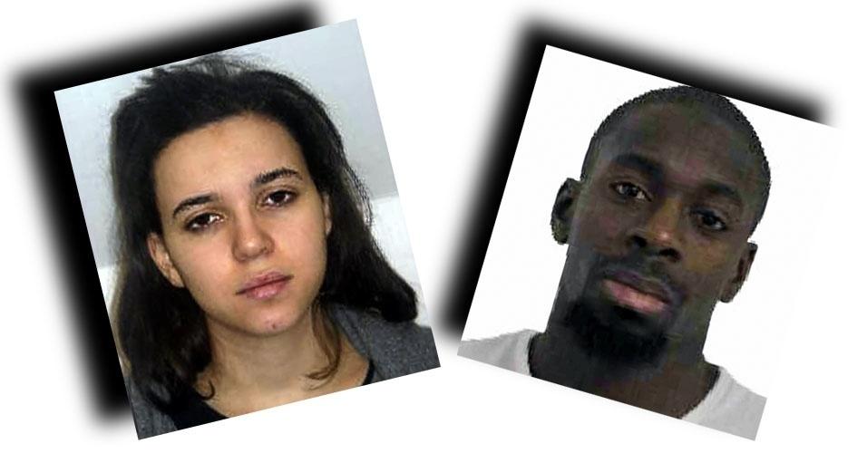 9.jan.2015 - A polícia francesa divulgou nesta sexta-feira (9) imagens de Amedy Coulibaly, 32, e sua namorada Hayat Boumeddiene, 26, suspeitos de participar de um sequestro a um mercado kosher (judaico), no leste de Paris. Segundo a imprensa local, o suspeito é o mesmo que matou uma policial e feriu um funcionário da limpeza em Montrouge, no sul da França, na quinta-feira (8)