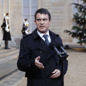 """Manuel Valls defendeu uma transparência """"total"""" das doações e financiamentos privados"""