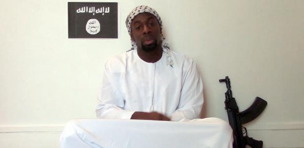 Em vídeo, suposto sequestrador diz ser do Estado Islâmico - AFP
