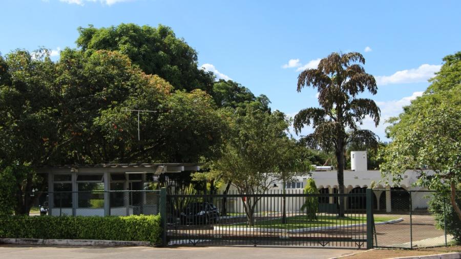 14.jan.2015 - Residência oficial do Senado, no Lago Sul, bairro nobre de Brasília - Kleyton Amorim/UOL
