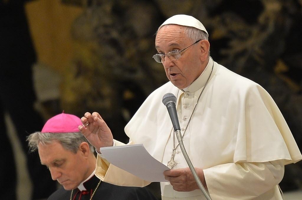 21.jan.2015 - O papa Francisco afirmou nesta quarta-feira (21) durante uma audiência geral no Vaticano que a causa da pobreza não são as famílias, mas