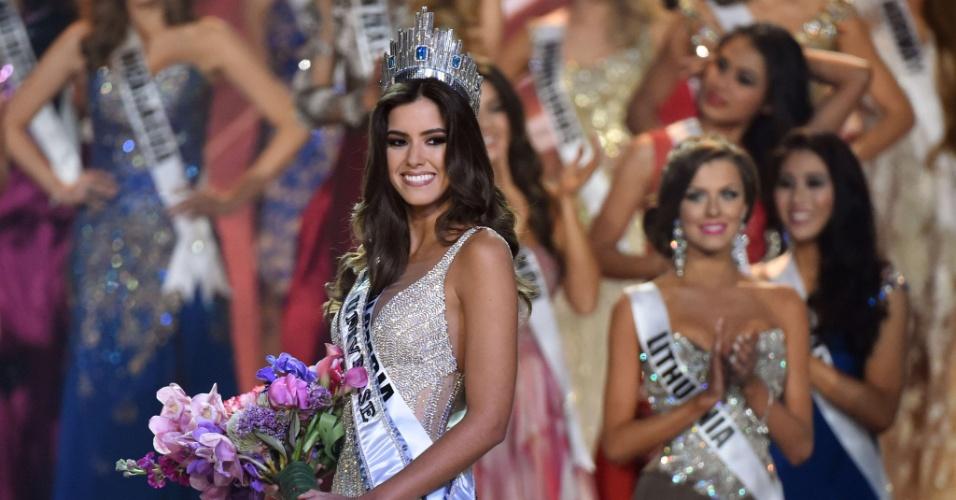 26.jan.2015 - A Miss Colômbia, Paulina Vega, foi eleita a Miss Universo 2014 na madrugada desta segunda-feira (26). Ela superou outras 87 candidatas na final do concurso