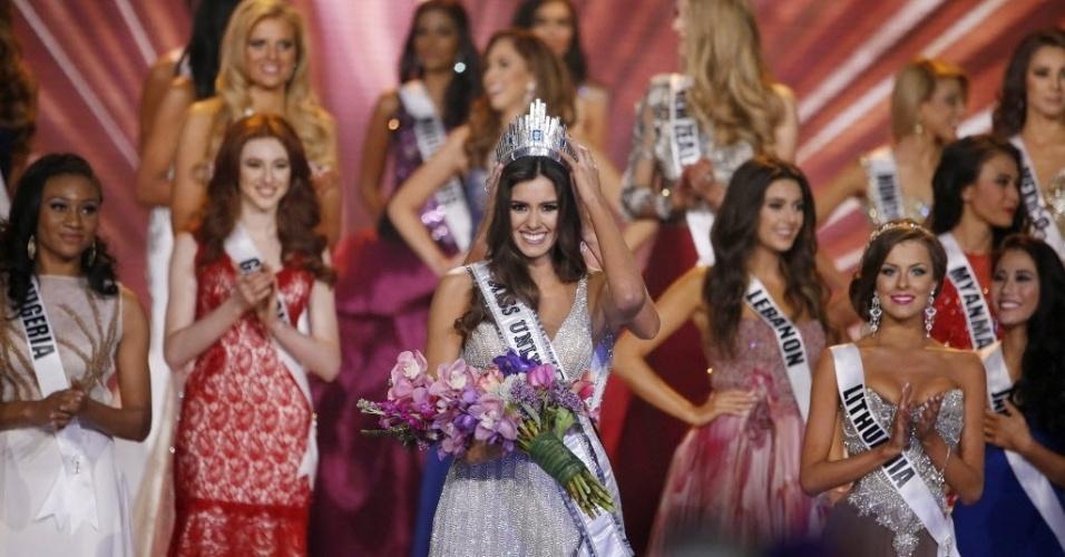 26.jan.2015 - Paulina Vega, Miss Colômbia 2014, é coroada Miss Universo 2014, em Miami, na Flórida