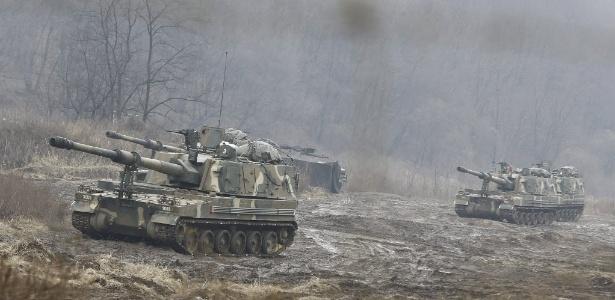 26.jan.2015 - Soldados sul-coreanos participam de exercícios militares em Paju - Jeon Heon-Kyun/EFE