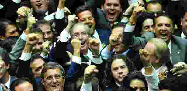 Cunha comemora - Laycer Tomaz/Câmara dos Deputados - Laycer Tomaz/Câmara dos Deputados