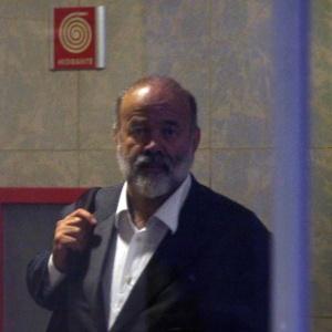 O tesoureiro do PT, João Vaccari Neto, ao chegar à Superintendência Regional da Polícia Federal (PF) na Lapa - Felipe Rau/Estadão Conteúdo