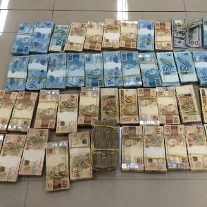 A PF apreendeu R$ 3,2 milhões na nona fase da Operação Lava Jato, deflagrada na semana passada - Polícia Federal-PR/Divulgação