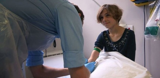 Tratamento experimental evitou que Sophie Armitage, 11, precisasse retirar um dos pulmões. A menina foi diagnosticada com um tipo raro de câncer no pulmão chamado tumor miofibroblástico inflamatório (IMFT, na sigla em inglês)
