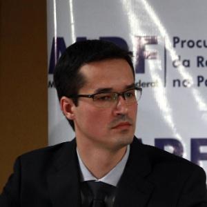 Procurador da República Deltan Dallagnol durante entrevista