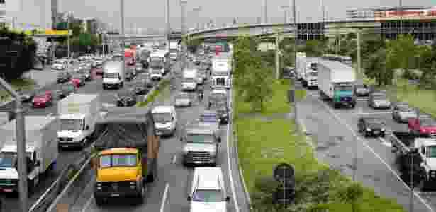 Circulação de caminhões nas marginais foi alterada - Rogerio Cavalheiro/Futura Press/Estadão Conteúdo
