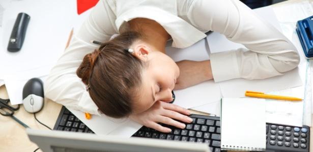 Estou com muito sono e preciso trabalhar