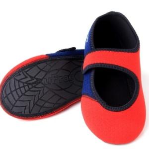 94092406f Velejadora cria sapato aquático para atletas e conquista idosos e ...