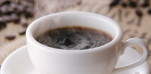 Além do café, outras bebidas que contêm cafeína podem influenciar a vida sexual - Shutterstock