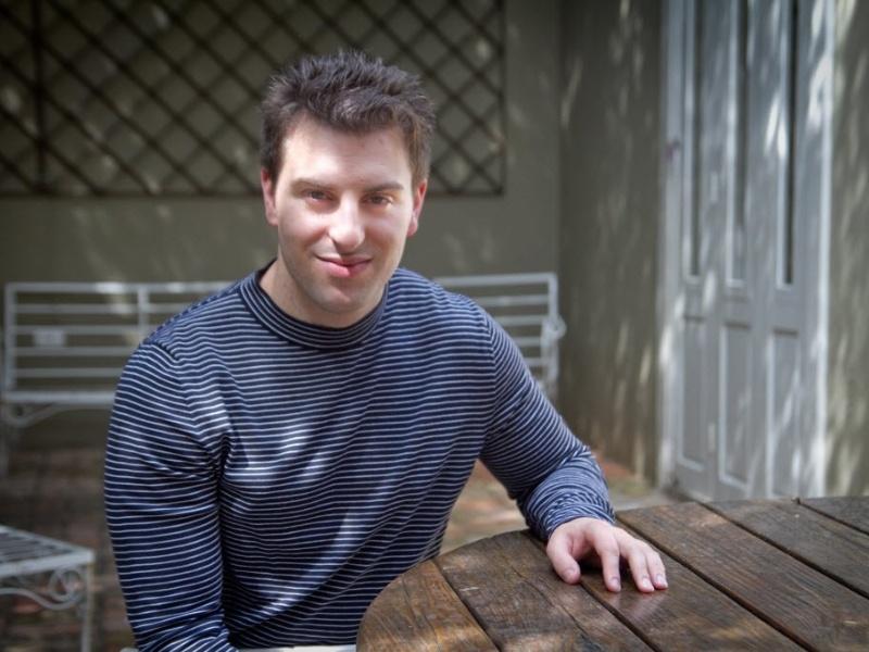 Brian Chesky, diretor-executivo do site Airbnb, em São Paulo (SP)