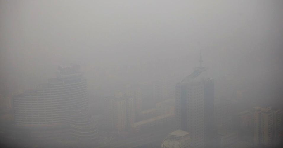 4.mar.2015 - Vista aérea de Pequim em dia de poluição, em 15 de janeiro de 2015