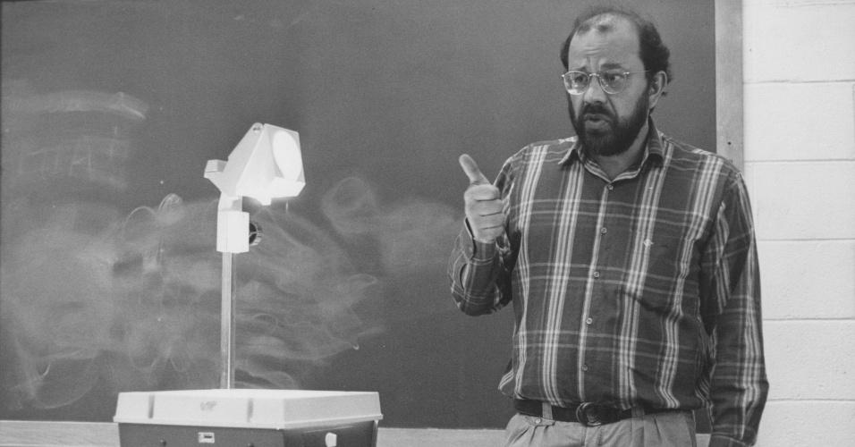Educação: o professor Renato Dagnino. (Local Desconhecido, 16.10.1989 )