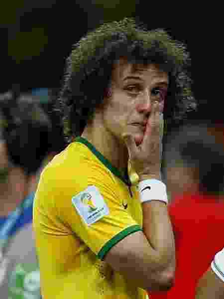 8.jul.2014 - David Luiz, zagueiro da seleção brasileira, chora na semifinal da Copa do Mundo de 2014, quando o Brasil perdeu de 7 a 1 para a Alemanha - Eddie Keogh/Reuters