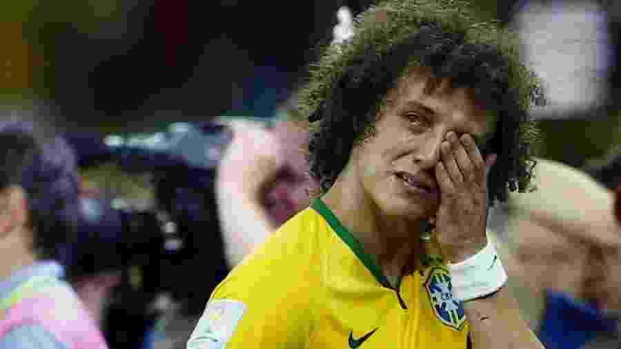 David Luiz lamentou a derrota do Brasil para Alemanha por 7 a 1 na Copa do Mundo de 2014 - Eddie Keogh/Reuters