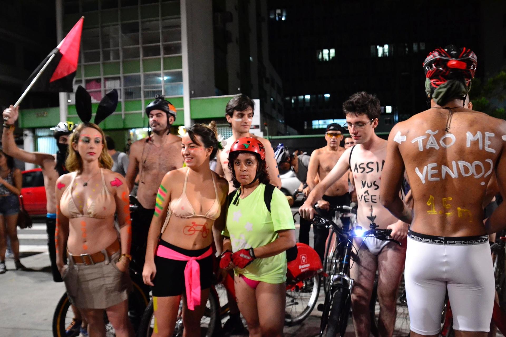 Arthur Aguiar Nu Pelado ciclistas protestam pelo brasil e pelo mundo - fotos - uol