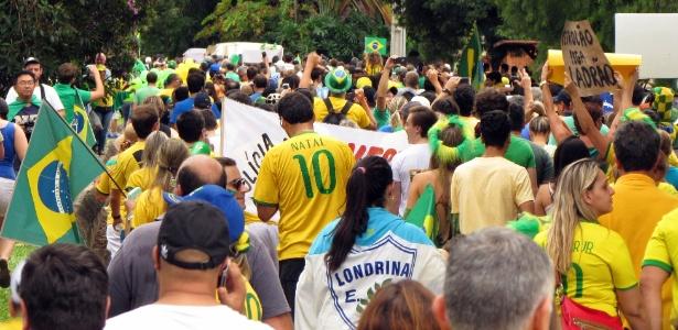 PR: PM revê números e confirma 40 mil em protesto em Londrina - Emerson Dias/UOL