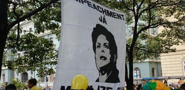 Manifestantes dispersam no primeiro protesto de BH - Alexandre Burgarelli/UOL