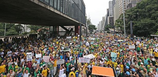 Em SP, partido Solidariedade recolhe assinaturas por impeachment de Dilma - Paulo Pinto/ Fotos Públicas