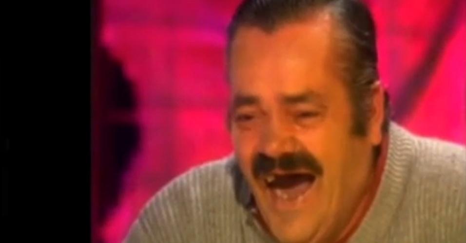 Espanhol vira hit mundial de memes com gargalhada sonora ...